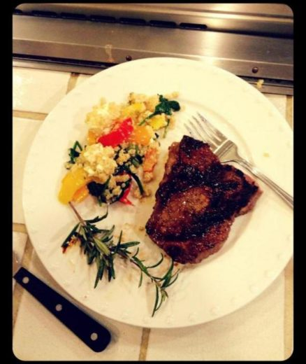 Demi Lovato posta foto cozinhando