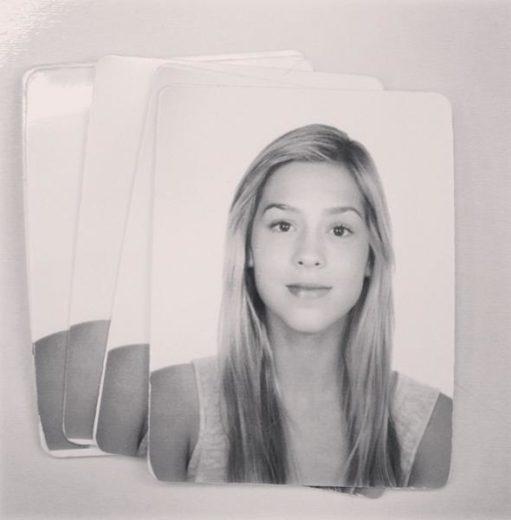 Gata! Sophia Abrahão mostra foto 3x4 de seu RG