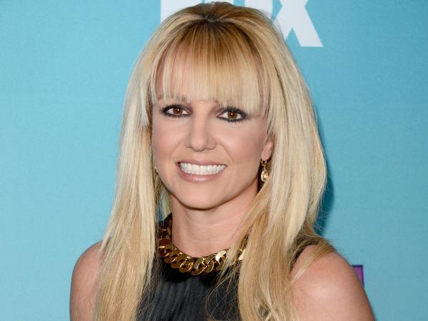 Britney voltou aos estúdios, mas para os filhos-matéria