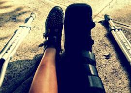 Demi Lovato quebra a perna