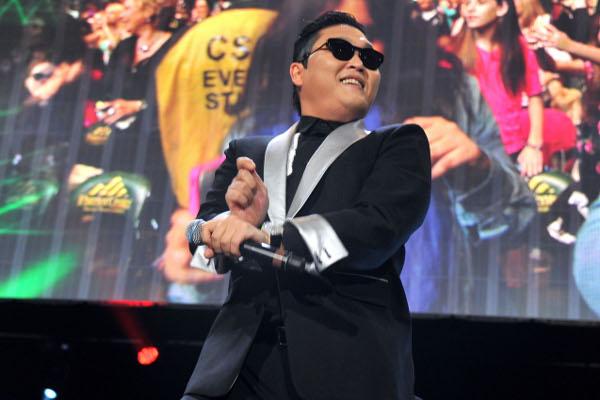 Psy se apresentará no carnaval baiano junto com Claudia Leitte-materia
