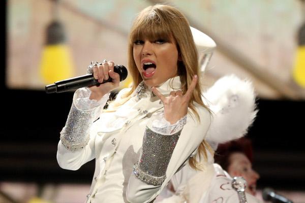 Taylor Swift estaria sendo processada-materia