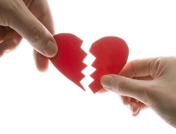 Por que os meninos têm dificuldade de terminar um relacionamento?