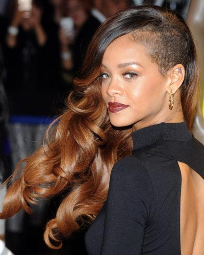 Rihanna cancela show por motivos de saúde-materia