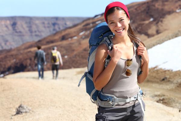 garota durante viagem