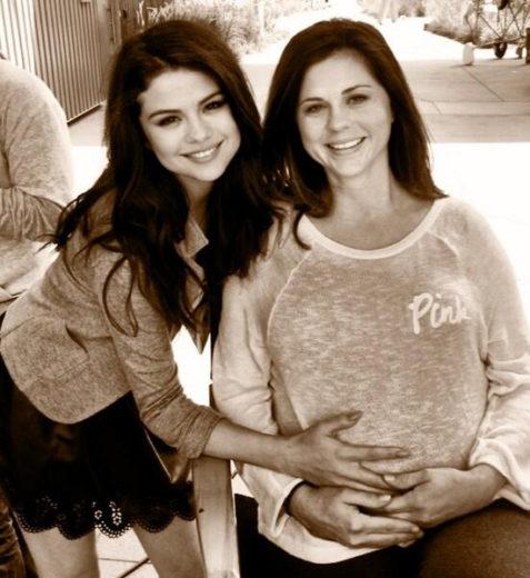 Selena Gomez e a mãe