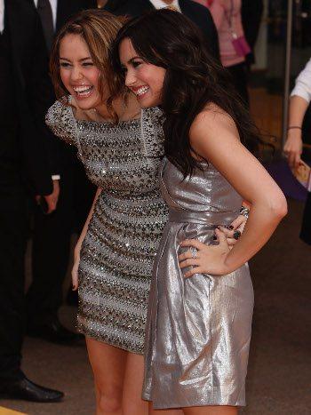 Miley Cyrus e Demi Lovato