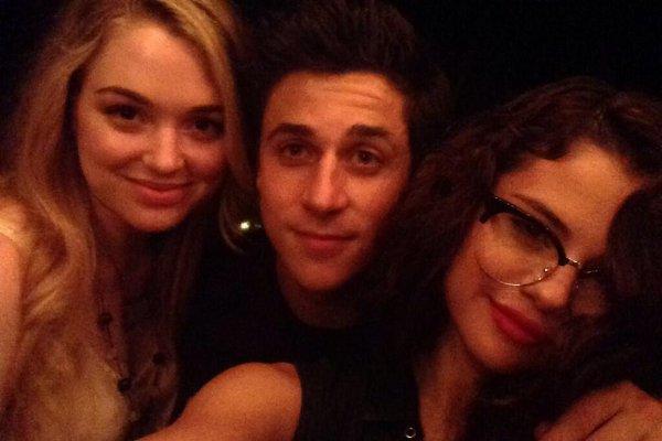 Jennifer Stone, David Henrie e Selena Gomez