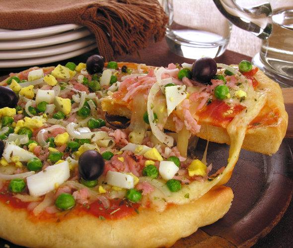 Receita de pizza portuguesa