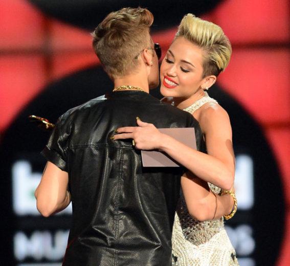 Miley Cyrus e Justin Bieber