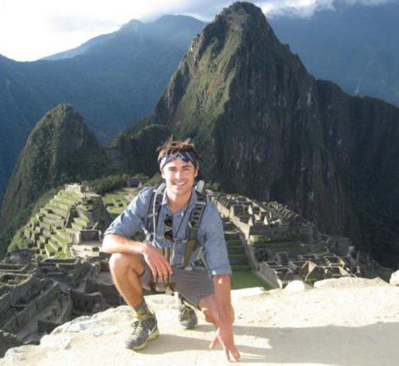 Zac Efron, Peru