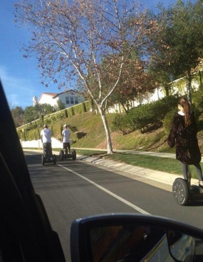 Juntos novamente? Justin Bieber e Selena Gomez curtem tarde juntos!
