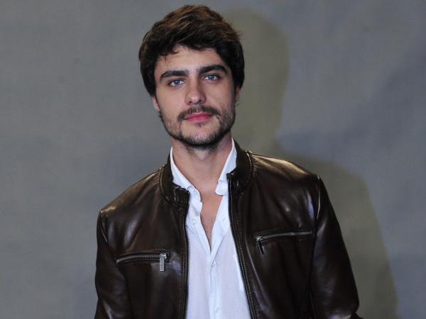 Guilherme Leicam está curtindo fase solteira