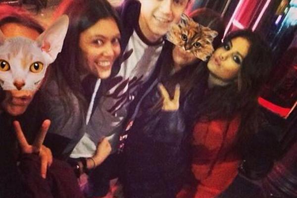 Selena Gomez e Niall Horan curtem a noite londrina juntos