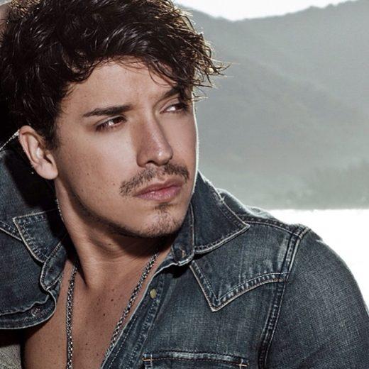 Bernardo Falconi anuncia data de lançamento de seu EP solo