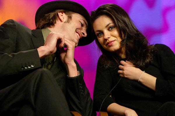 Site afirma que Mila Kunis está grávida de Ashton Kutcher
