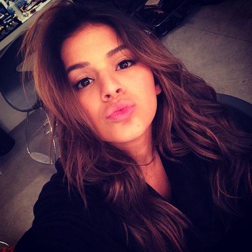 Bruna Marquezine e Neymar mandam mensagem misteriosa no dia do beijo