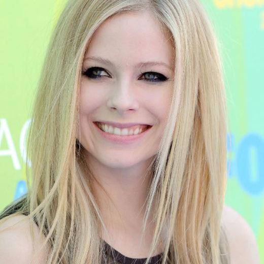 Avril Lavigne faz exigências para show no Brasil