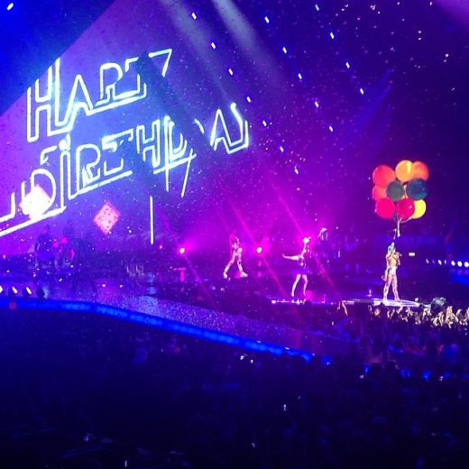 """Katy Perry inicia a """"Prismatic World Tour"""""""