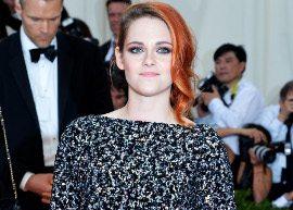 Kristen Stewart divulga clipe que digiriu
