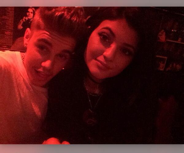 Justin Bieber e Kylie Jenner jantam juntos