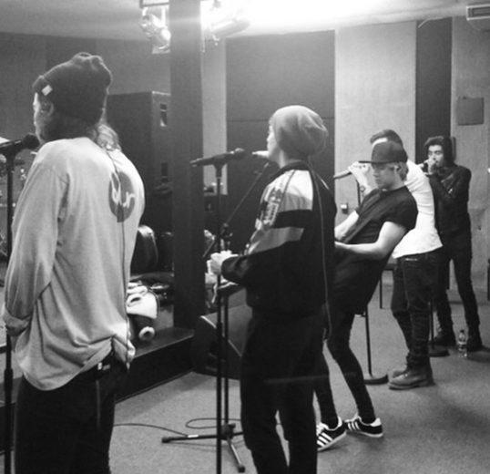 one direction em estúdio
