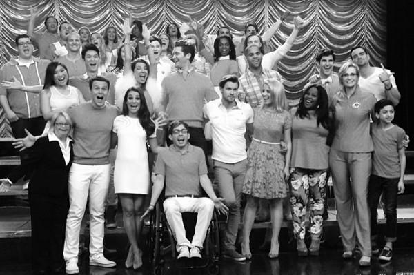 """Lea Michele leva lembrança de Cory Monteith do set de gravações de """"Glee"""""""