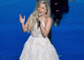 """Assista: Lady Gaga canta sucessos de """"A Noviça Rebelde"""" no Oscar 2015"""