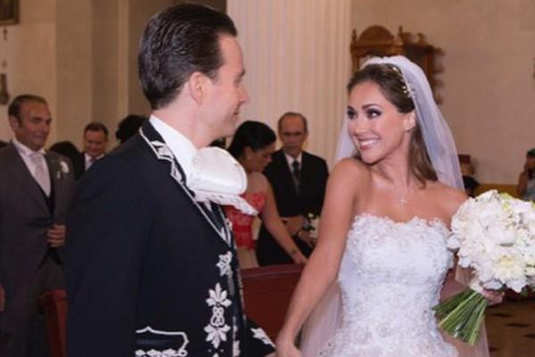 Após casamento, ex- RBD Anahí quer retomar carreira