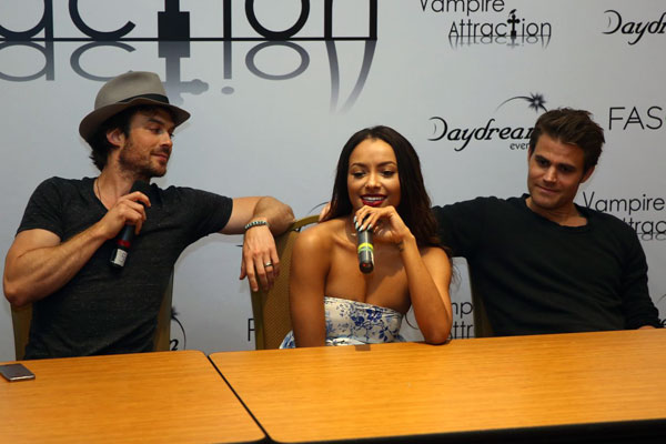 Coletiva de imprensa com Ian Somerhalder, Kat Graham e Paul Wesley - Vampire Attraction 2015