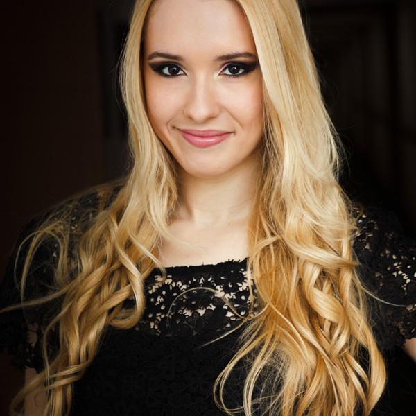Entrevista Carolina Munhóz