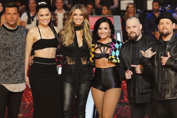 """Demi Lovato apresenta """"Cool For The Summer"""" no The Voice Austrália"""
