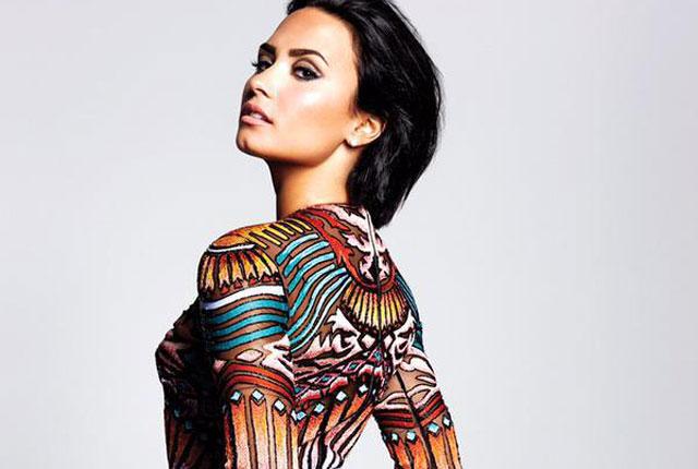 """Demi Lovato divulga detalhes de seu novo álbum """"Confident"""""""