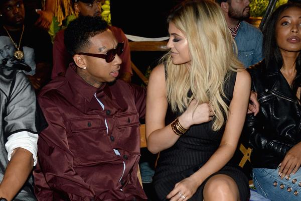 Tyga cancela turnê no Brasil por desentendimentos com a sua namorada, diz assessoria