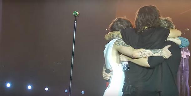 One Direction faz último show de turnê e Niall diz que vão voltar