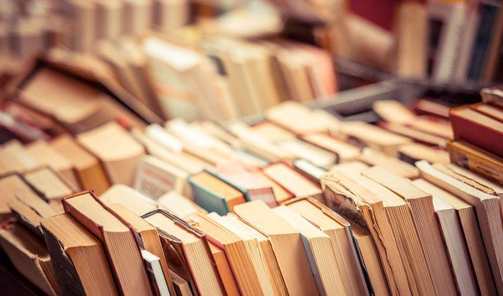 Ajudar mundo: doação de livros
