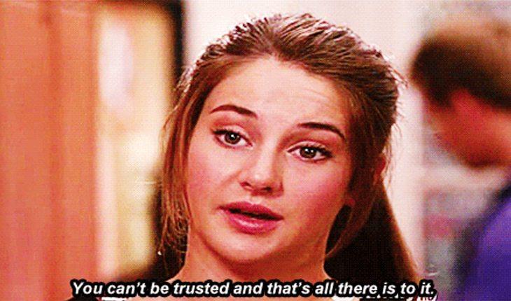 sinais de que o seu relacionamento não vai bem: Você perde a confiança nele