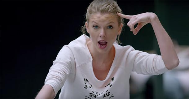Taylor Swift é eleita a mulher mais influente do ano