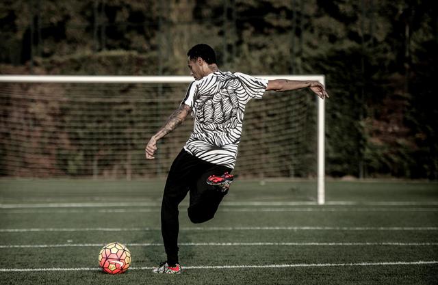 Neymar e Nike lançam nova coleção de chuteiras