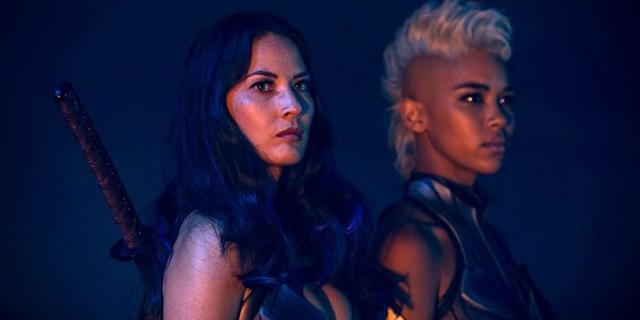 "OMG! Saíram novas fotos de Tempestade e os Cavaleiros do Apocalipse do próximo ""X-Men''"