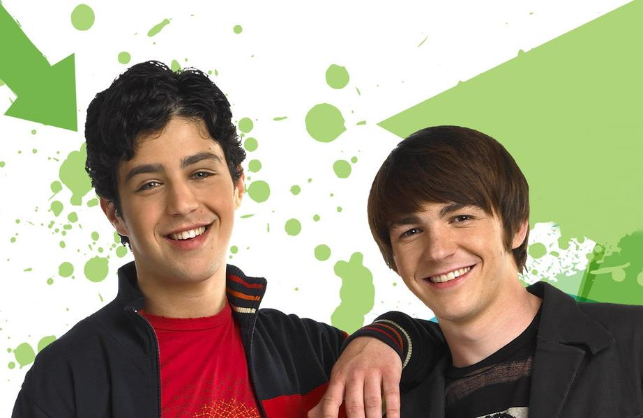 "Drake Bell e Josh Peck se reencontram na série ""Grandfahtered"""