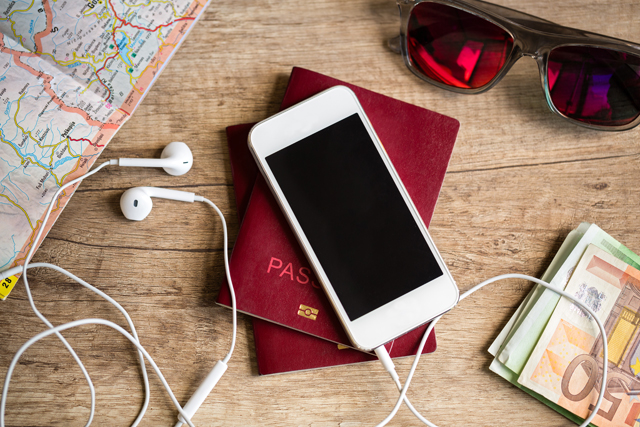 celular e acessórios para viagem