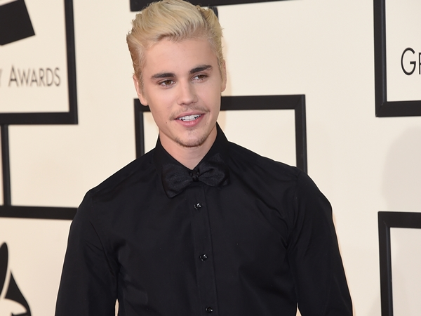 Justin Bieber é o primeiro artista a ter 10 milhos de visualizações no Vevo!