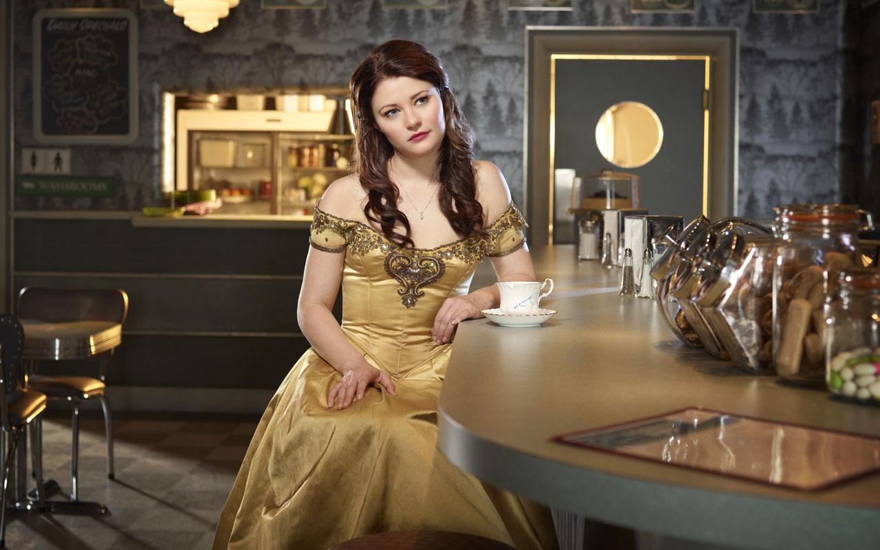 Emilie de ravin once upon a time belle