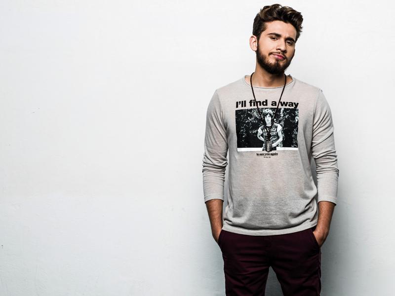 Entrevista com o cantor Gustavo Miotto