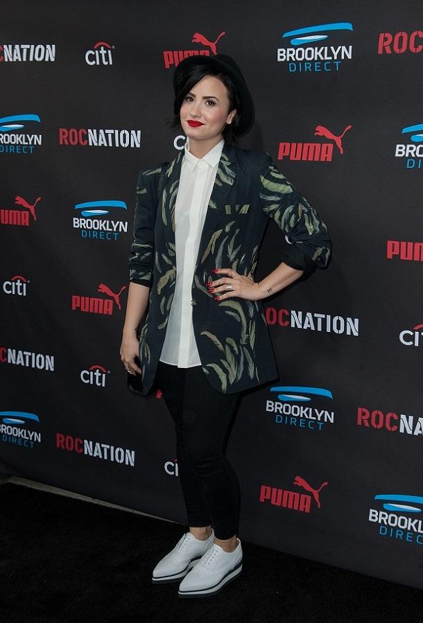 3 looks da Demi Lovato para se inspirar