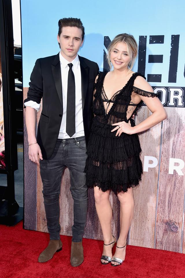 Chloe Moretz e Brooklyn Beckham vão juntos ao primeiro Red Carpet