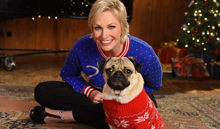 jane-lynch-glee-cachorro