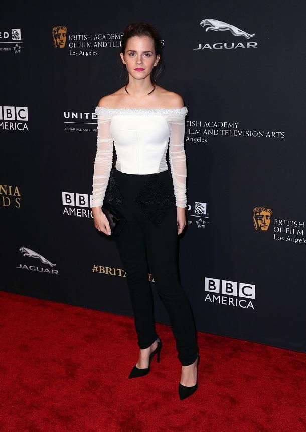 Emma Watson em preto e branco