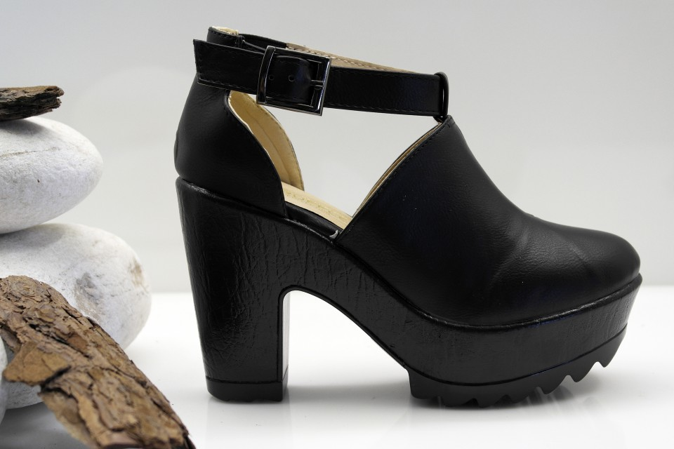 sapato plataforma preto